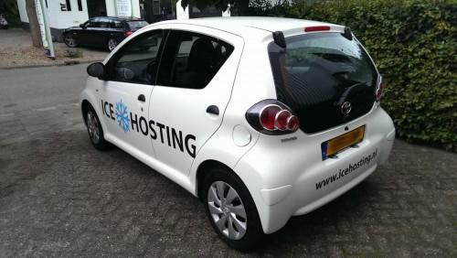 icehosting_auto_sticker_achter